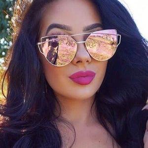 Mirrored Cat Eye w/ Case Gold Rose Sunglasses